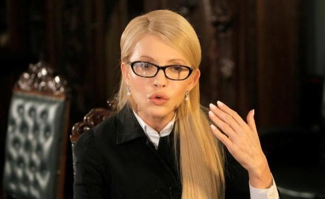 Зеленский высмеял Тимошенко, скупающую палатки