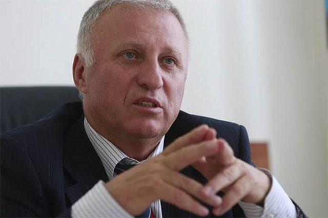 Судья ВАСУ Михаил Зайцев скрыл в письменной декларации доходы и автомобиль