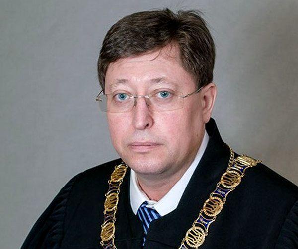 Судья Константин Бабенко: теория и практика коррупции
