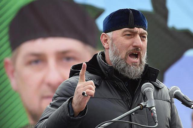 В Чечне под контролем Адама Делимханова набирают два батальона в Сирию