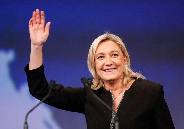 Французские банки отказались спонсировать избирательную кампанию Ле Пен