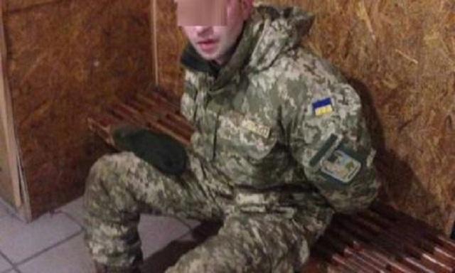Полицейские поймали на горячем извращенца в военной форме