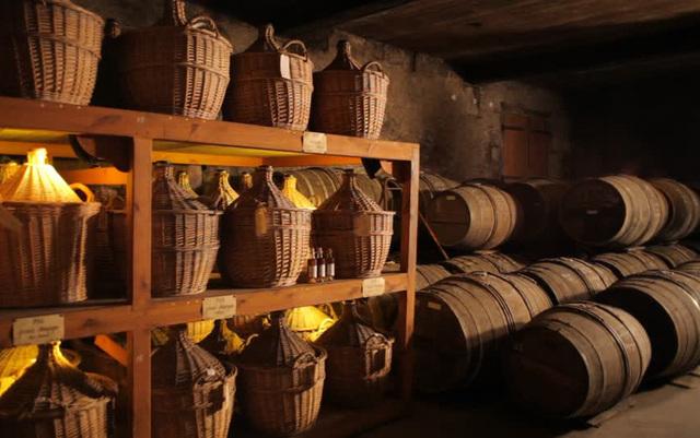 Симферопольский вино-коньячный завод выдавал свой алкоголь за шотландский и обманывал АМКУ