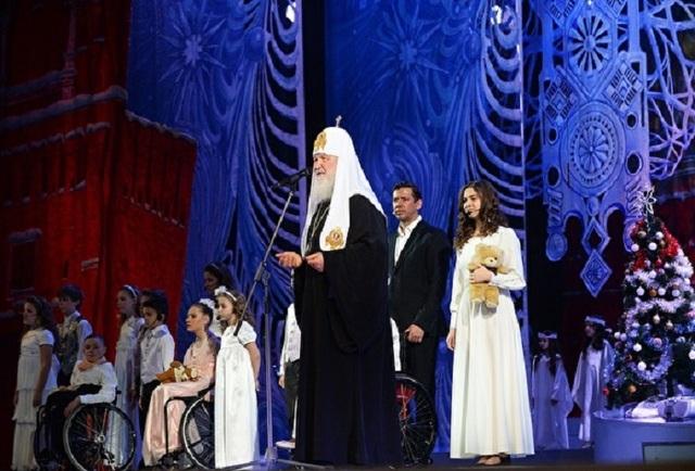 Растрогавший патриарха Кирилла первоклассник оказался сыном крупного чиновника