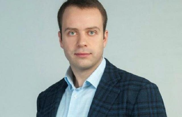 Житомирский «меценат» Максим Шкиль и его «Первая логистическая» подкупают избирателей краденными миллионами
