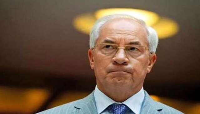 Азаров обозвал начальника СБУ Львовской области «дураком в погонах»