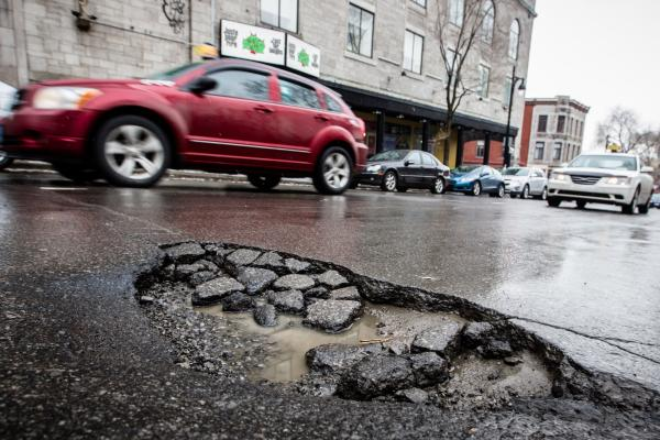 Как чинятся дороги в Украине
