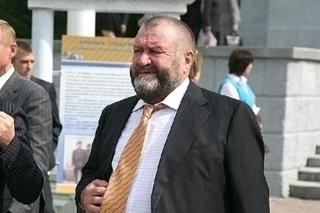 Бизнесмен Щукин дарил экс-главе кемеровского управления СК Калинкину дорогие иномарки