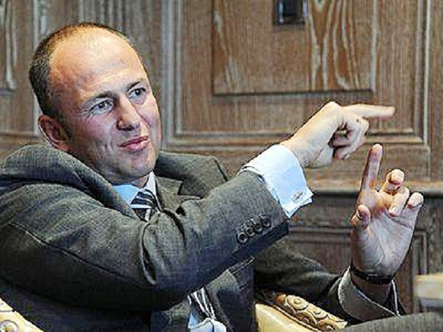 Яхтенный гедонизм — подводная лодка Мельниченко и 180 кубов для туши Усманова
