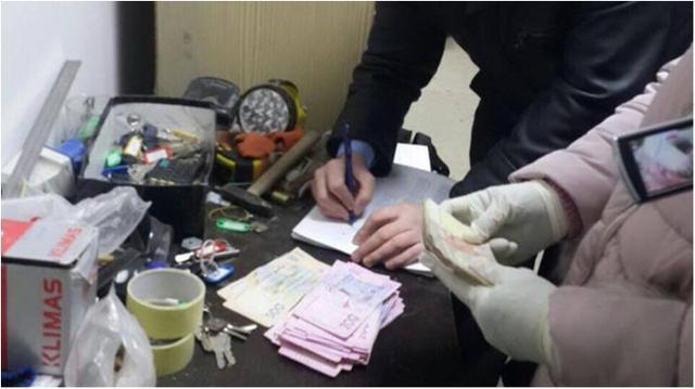 Чиновники горсовета Ужгорода регулярно вымогали деньги за «решение» земельных вопросов