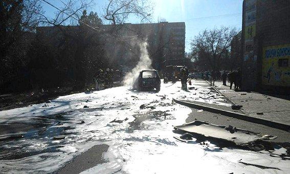 Грицак: В Мариуполе подорвали автомобиль с полковником СБУ