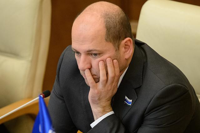 Советовавший меньше питаться уральский депутат Гаффнер оштрафован за сокрытие доходов