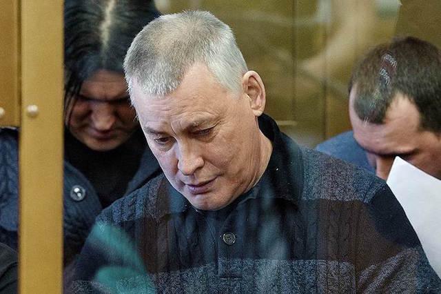 Суд возобновил рассмотрение дела экс-мэра Миасса, обвиняемого в бандитизме и убийствах