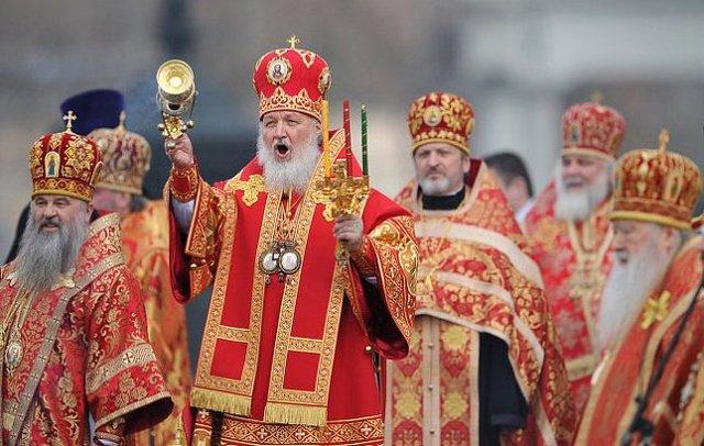 РПЦ призвала Госдуму запретить аборты и разрешить бить детей