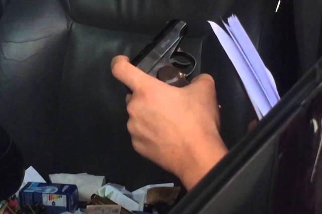 Перед матчем Кубка Конфедераций у стадиона «Крестовский» задержан сотрудник Росприроднадзора с пистолетом