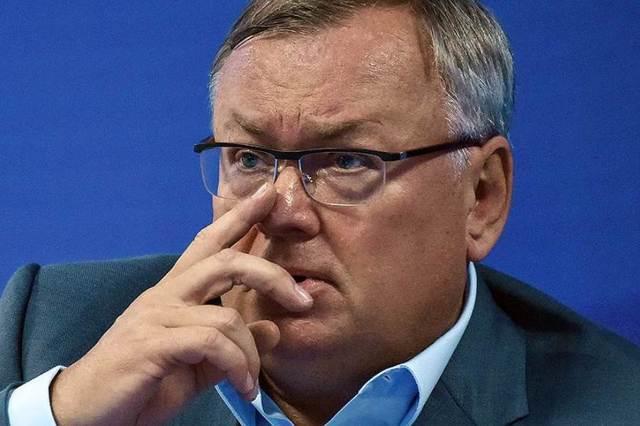 Путин вкурсе? Глава ВТБ Андрей Костин потерял 300 миллионов евро