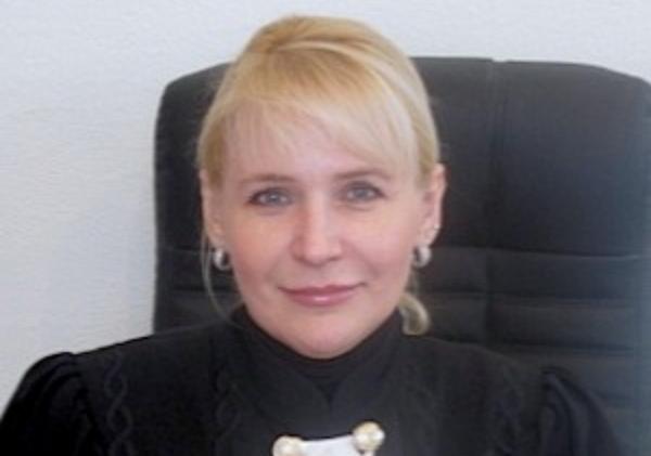 Лариса Чебанова и концерн Покровский