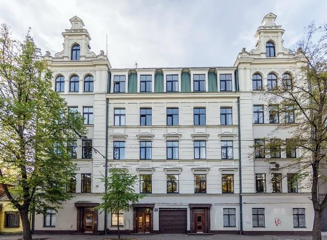 Фонд реституции еврейской общины Латвии заключил тихую сделку c миллионером Артуром Ересько и литовцами