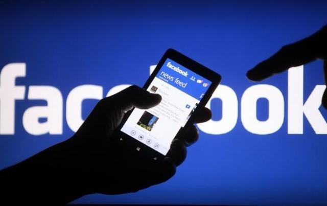 «Золотая корона» создала фейковый Фейсбук, а украинские риэлторы — фиктивный Яндекс