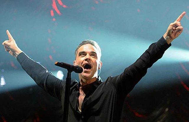 Робби Уильямс не захотел петь с автором песни о Керченском мосте и отменил концерты в РФ