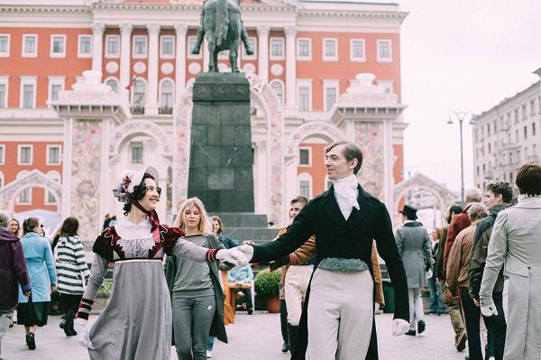 Второе дно дня города: как чиновники в Москве заработали на организации праздника