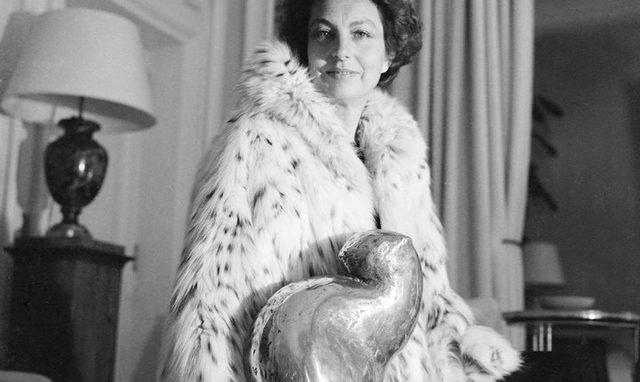 Самая богатая женщина мира потратила на любовника 1,3 млрд