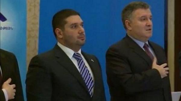 """Шкурное дело. Аваков руками экс-регионала подбирается к контролю """"Укрзализныци"""""""