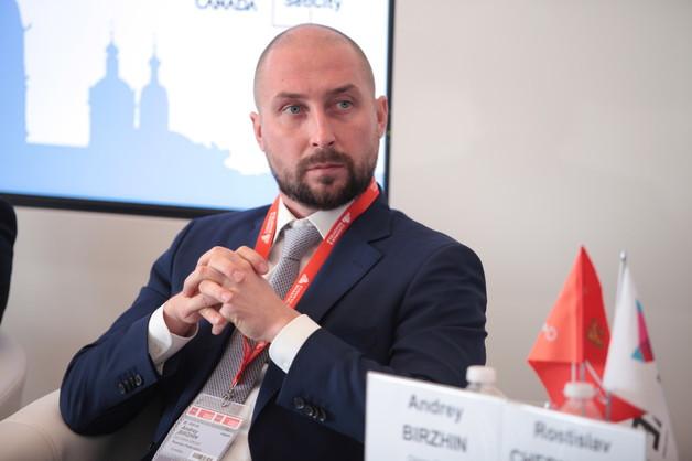 Владелец Glorax Development Андрей Биржин: Путин - главная угроза для России! Он ведет страну к катастрофе!