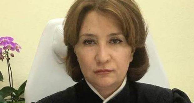 Судья Хахалева сливает своего шефа Чернова, заявляя о получении им взятки