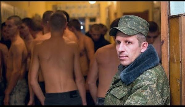 Рэкет, проститутки и хомут с иглами. Что скрывается за стенами казарм армии Беларуси
