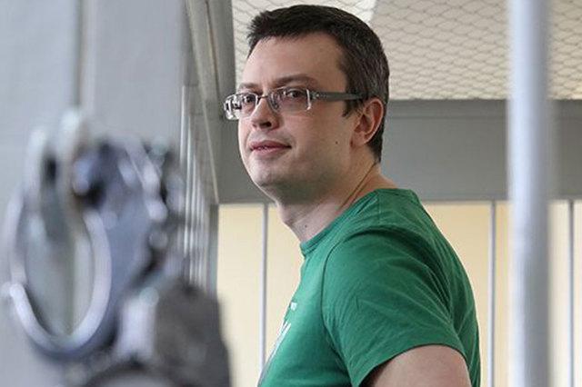 Обвиняемый в получении крупной взятки генерал СКР Никандров женился в СИЗО