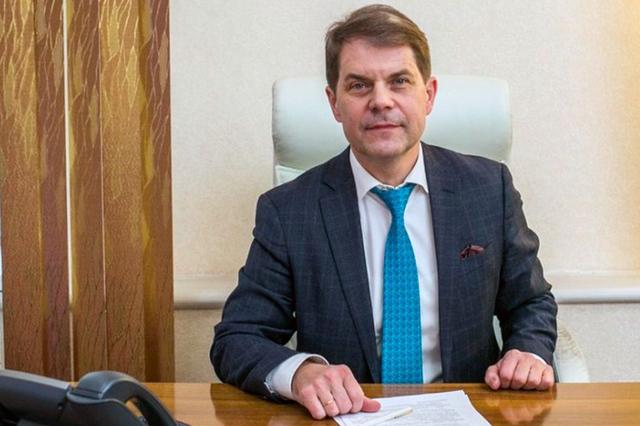 Министр здравоохранения Иркутской области не помог пассажиру самолета, которому стало плохо