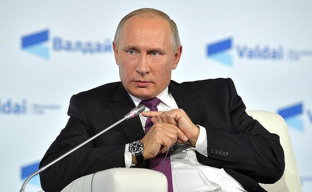 Путин на «Валдае»-2017: с Америкой у нас плохо, с экономикой — хорошо, и давайте без вопросов о выборах