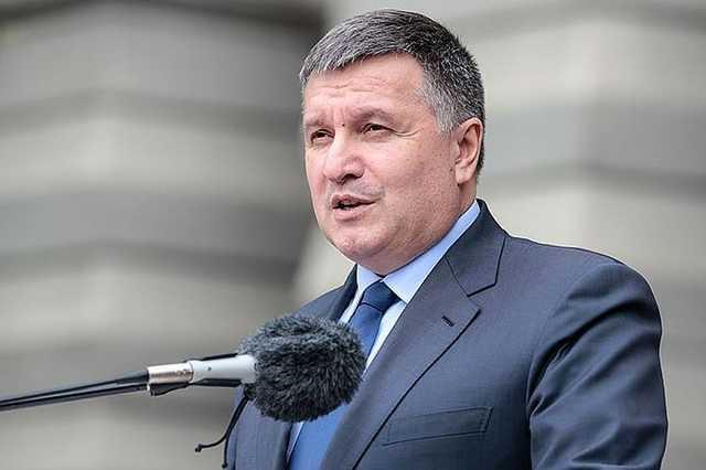 Кризис внутренних дел: как долго Аваков будет министром