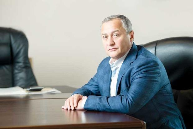 Нардепы требуют от Луценко лишить Бобова депутатского мандата