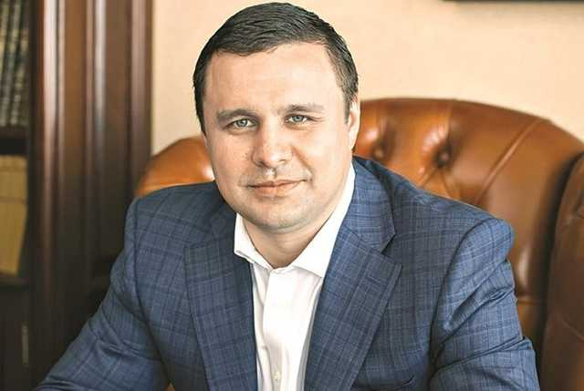 Микитась за 60 тысяч купил фирму, которая приобрела в центре Киева 3 тысячи «квадратов» недвижимости