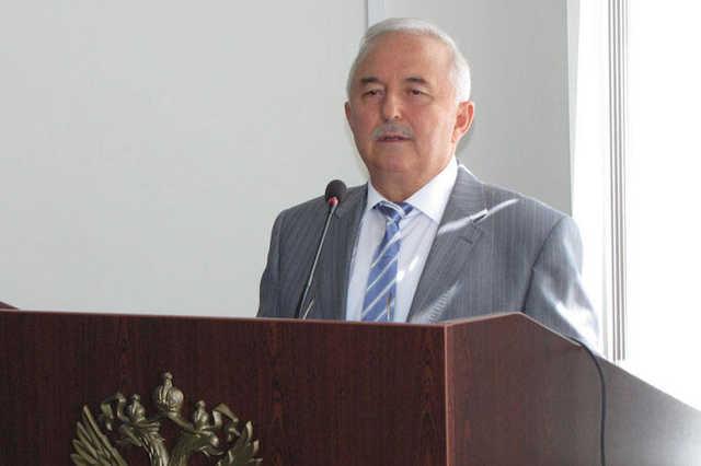 Глава Верховного суда Чечни заподозрил «признаки состава преступления» в действиях своего зама