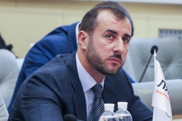 Нардеп Сергей Рыбалка сделал свою любовницу автором законопроекта о криптовалюте