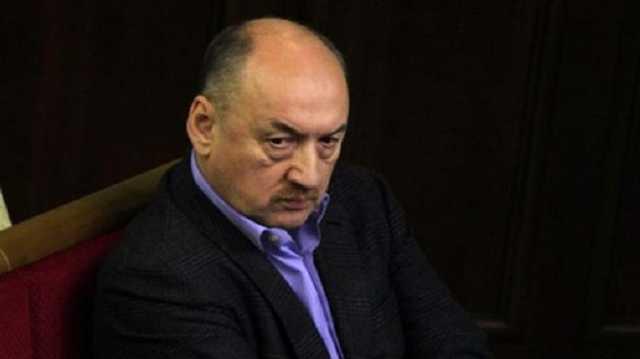 Табалов не хочет отдавать банкирам контроль над Первомайским МКК