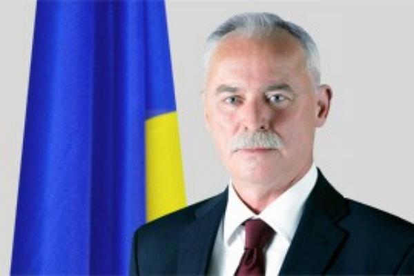 Украинский посол-миллионер приобрел квартиру за сто гривен