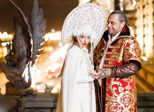 Бурное русское веселье на десятилетии свадьбы Шеляговых в Петербурге