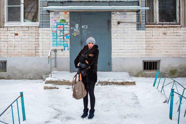 СК прекратил дело об избиении полицейскими жительницы Кстово, задержанной на прогулке с таксой