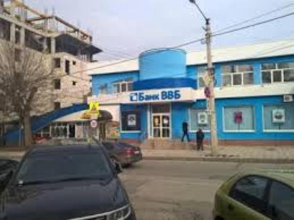 Крымский банк оказался при деньгах