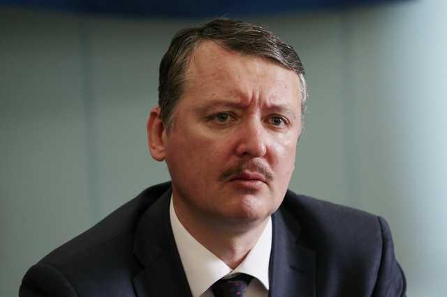 Игорь Гиркин (Стрелков): «К власти и в Донецкой, и в Луганской республике Сурков привел бандитов»