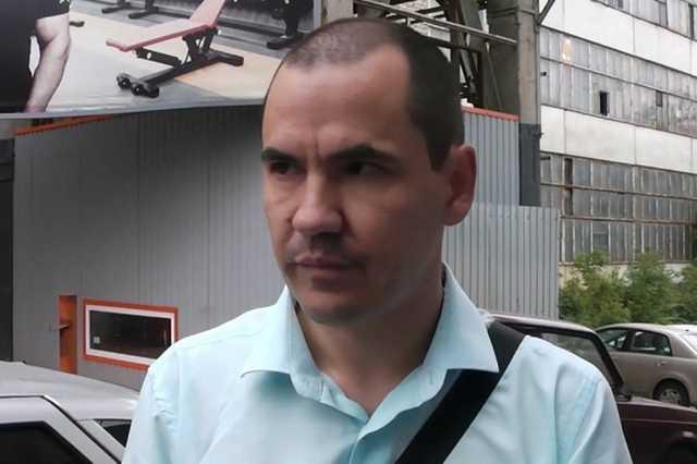 «Вот я дебил!» В Саратове пойманный с поличным следователь ГСУ ГУ МВД идет под суд за взятку