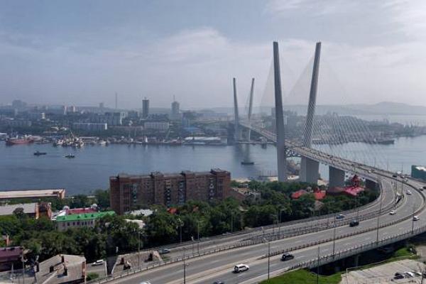 За непостроенные на Дальнем Востоке 40 аэропортов Юрий Трутнев уволил двух замов главы Росавиации