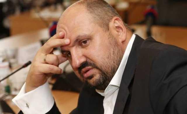 Розенблату разрешили свободно передвигаться по Украине