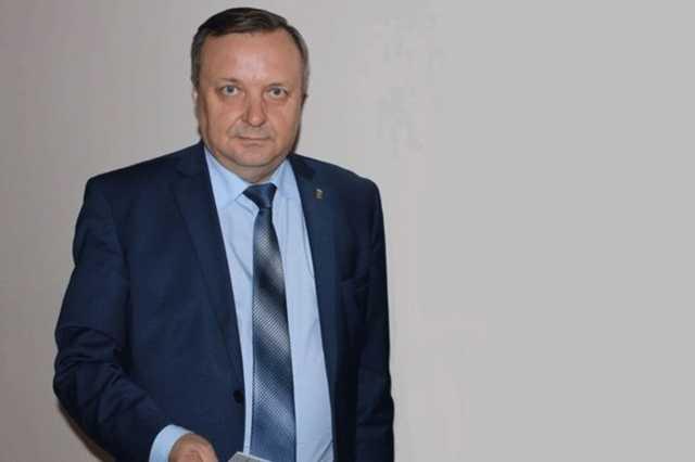 Следователей не смутил поддельный диплом бывшего мэра Красноуральска