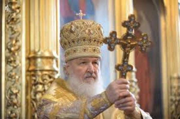 Патриарх Кирилл против безналичного расчета и банковских карт: РПЦ потеряет миллиарды рублей неучтенки