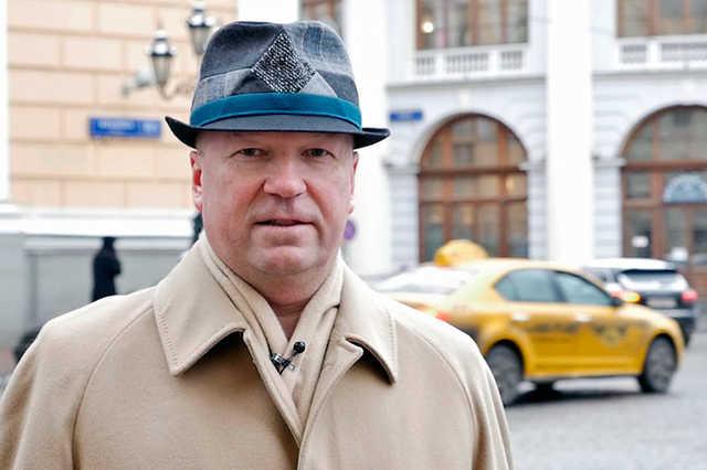 Экс-сотрудник ФСБ, выступавший адвокатом экс-главы Эргобанка, дал против своего подзащитного свидетельские показания